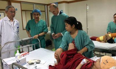 8 giờ phẫu thuật tái tạo thành công khuôn mặt cho bệnh nhi bị dị tật hiếm gặp