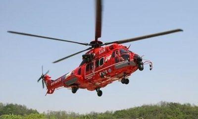 Trực thăng Hàn Quốc bất ngờ rơi xuống biển, 7 người mất tích