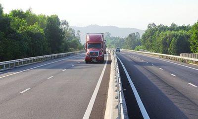 Cao tốc Đà Nẵng - Quảng Ngãi lại sụt lún đường dẫn