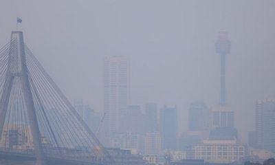 Khói mù bao trùm Sydney do ảnh hưởng từ cháy rừng