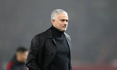 HLV Jose Mourinho trở lại Ngoại hạng Anh dẫn dắt Tottenham