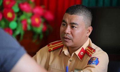 Phó Thủ tướng biểu dương chiến sĩ CSGT cứu tài xế Grab trong vụ xe Mercedes phát nổ ở Hà Nội