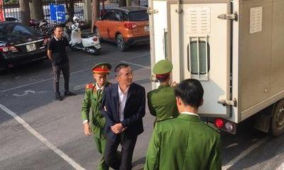 Hoãn phiên tòa xử nguyên Chánh thanh tra bộ Thông tin và Truyền thông vì ông Trương Minh Tuấn vắng mặt