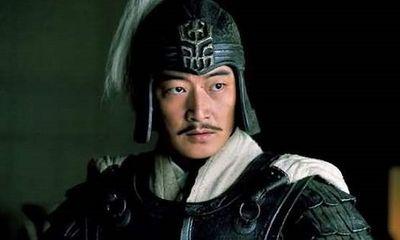 Tam Quốc: Vì sao Lưu Bị từng trải qua trăm trận lại bị hậu bối Lục Tốn đánh bại tại Di Lăng