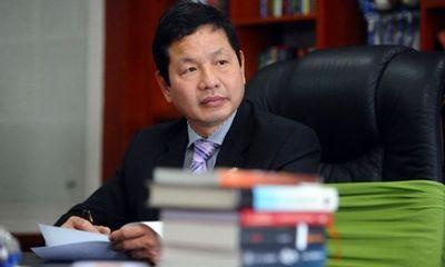 Điện thoại, máy tính buôn bán cầm chừng, ông Trương Gia Bình chuyển hướng đi bán thuốc và bất ngờ lãi mạnh