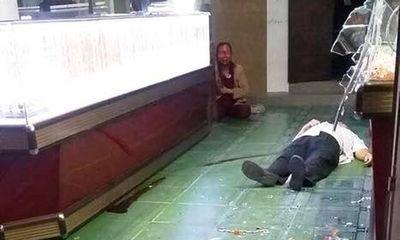 Nhân chứng vụ cướp tiệm vàng ở Bình Định: Nghi phạm tay cầm búa đập tủ vàng, miệng la hét