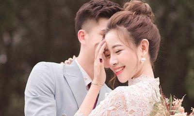 Phan Văn Đức thông báo sắp làm đám cưới với bạn gái xinh đẹp