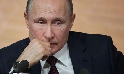 Những khoảnh khắc khó khăn nhất trong chặng đường 20 năm lãnh đạo nước Nga của ông Putin