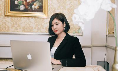 Bỏ nghề giáo viên, cô gái thành công ở tuổi 27 nhờ kinh doanh online