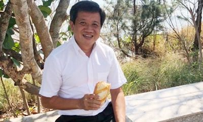 Ông Đoàn Ngọc Hải bán đồng hồ Patek Philippe, điện thoại Vertu giá 2 tỷ