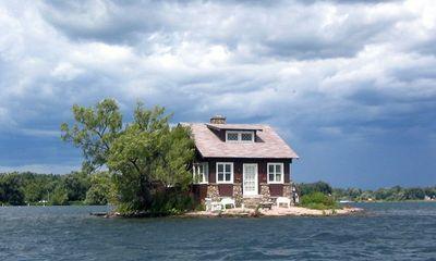Kỳ lạ hòn đảo nhỏ nhất thế giới chỉ đủ xây 1 ngôi nhà