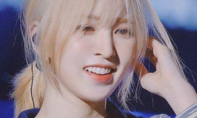 Wendy (Red Velvet) ngã từ sân khấu cao 2m, chấn thương mặt và gãy xương chậu
