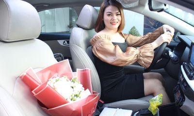 Bỏ học cấp ba, cô gái 9X mua xe tiền tỷ nhờ kinh doanh online