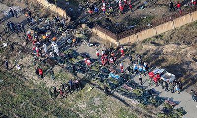 Vụ thảm kịch máy bay rơi ở Iran: Đã tìm thấy 2 chiếc hộp đen