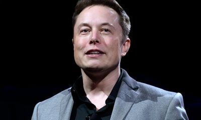 Tỷ phú Elon Musk đã làm cách nào để sở hữu núi tiền khổng lồ tới 30,2 tỷ USD?
