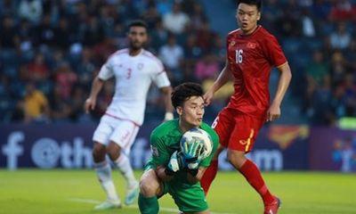 Thủ môn Bùi Tiến Dũng dính chấn thương vai, khả năng ra sân trận gặp U23 Jordan bỏ ngỏ