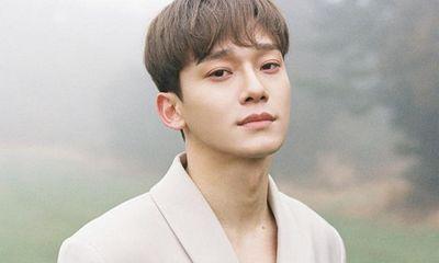 Chen (EXO) bất ngờ thông báo kết hôn, bạn gái là người ngoài ngành