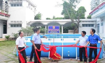 Giáo dục - Hướng nghiệp - Trao tặng 5 bể bơi di động miễn phí của nhà sản xuất Hoàng Hải