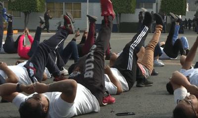 Chiến dịch giảm cân đặc biệt của hơn 1000 cảnh sát tại Mexico