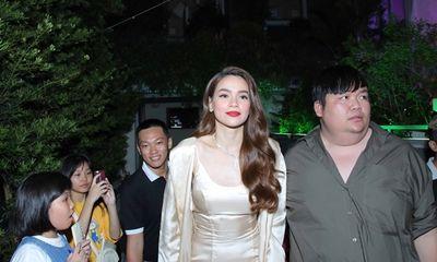 Hồ Ngọc Hà, Cao Thái Sơn, Trúc Nhân, Ali Hoàng Dương từ chối tất cả show diễn để tham gia đêm nhạc từ thiện