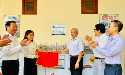 """Niềm vui """"Nước sạch học đường"""" trước thềm năm mới tại huyện Bình Đại, Bến Tre"""
