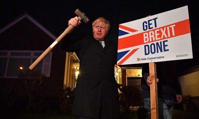 """Nữ hoàng Anh ký dự luật Brexit, mở đường cho """"thỏa thuận ly hôn"""" với EU"""