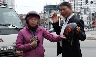 Bị xử lý vi phạm nồng độ cồn, người đàn ông đòi 'biếu' CSGT xe máy, nhất định không ký biên bản