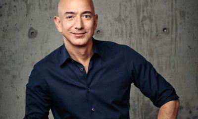 CEO Amazon kiếm tiền với tốc độ nhanh hơn gió, đút túi 13,2 tỷ USD chỉ trong 15 phút