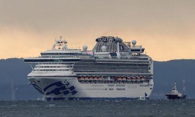 Phát hiện thêm 41 hành khách nhiễm virus corona trên du thuyền chở hơn 3.700 người