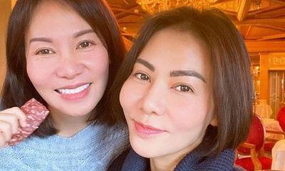 Thu Minh bất ngờ đăng ảnh về chị gái hơn 8 tuổi vẫn trẻ trung, xinh đẹp