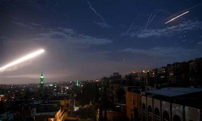 Phòng không Syria bắn hạ tên lửa nghi của Israel nhằm vào Damascus