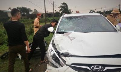 Vụ xe máy bị ô tô kéo lê 300m: Thêm một nạn nhân tử vong