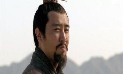 Tam Quốc: Lưu Bị bỏ rơi vợ, Tào Tháo mượn đầu và những sự kiện