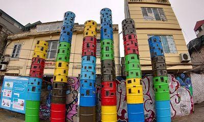 Video: Chiêm ngưỡng con đường nghệ thuật được làm từ rác thải