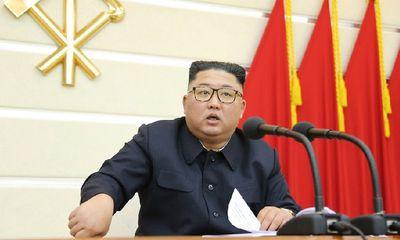 Ông Kim Jong-un họp bàn biện pháp phòng dịch Covid-19