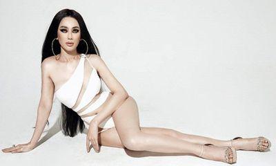 Lâm Khánh Chi diện bikini khoe body