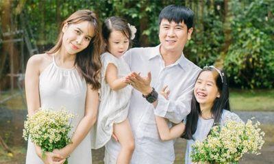 Hồ Hoài Anh có hành động hiếm khi làm cho vợ khiến khán giả thích thú