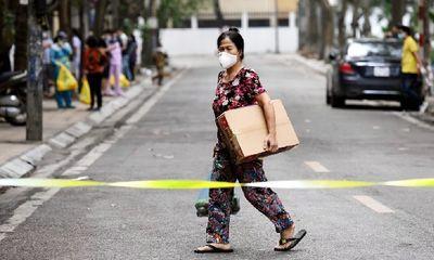 Báo Trung Quốc: Đường phố Hà Nội vắng vẻ, người kinh doanh bị ảnh hưởng vì Covid-19