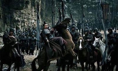 Tam Quốc: 4 lý do khiến Lưu Bị không chạy về kinh đô sau khi đại bại tại Di Lăng