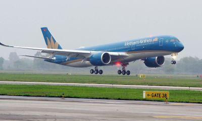 Nhận cuộc gọi cấp báo hành khách nghi nhiễm Covid-19, cả chuyến bay phải cách ly