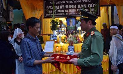 Thăng cấp bậc hàm cho Đại úy tử nạn trong lúc dẫn giải phạm nhân