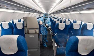 Bộ Y tế thông báo khẩn tìm hành khách trên 2 chuyến bay có người mắc Covid-19