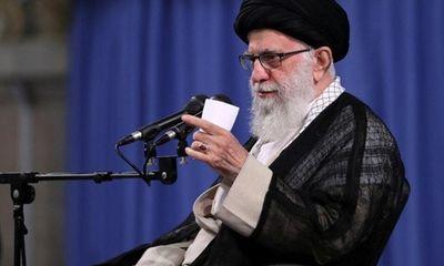 Lãnh tụ tối cao Iran phản ứng sau lời đề nghị giúp đỡ chống dịch Covid-19 của Mỹ