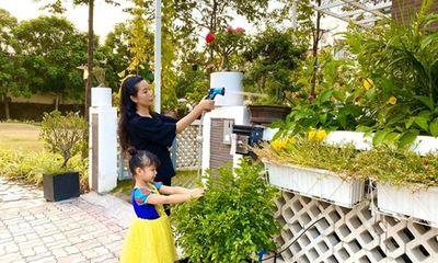 Á hậu Trịnh Kim Chi hé lộ vườn hoa trái xanh mướt mắt bên trong biệt thự rộng 200m2
