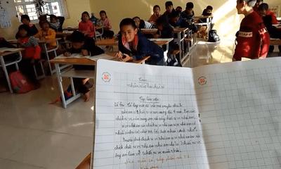 Thầy giáo yêu cầu