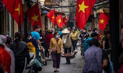 Financial Times ca ngợi mô hình chống Covid-19 hiệu quả của Việt Nam