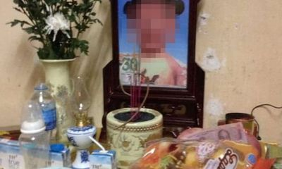 Vụ bé gái 4 tuổi tử vong nghi bị bạo hành ở Hà Nội: Bắt khẩn cấp mẹ đẻ và cha dượng