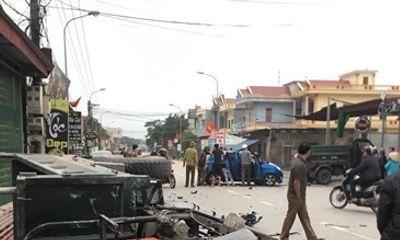 Nam Định: Ô tô va chạm kinh hoàng với xe ba bánh, 3 người bị thương