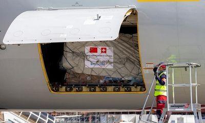 Thụy Sĩ nhận chuyến hàng chở 92 tấn thiết bị y tế từ Trung Quốc