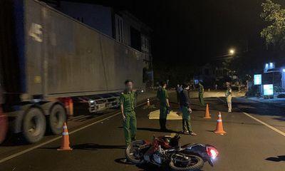 Bình Định: Truy tìm ô tô gây tai nạn khiến 2 thanh niên tử vong